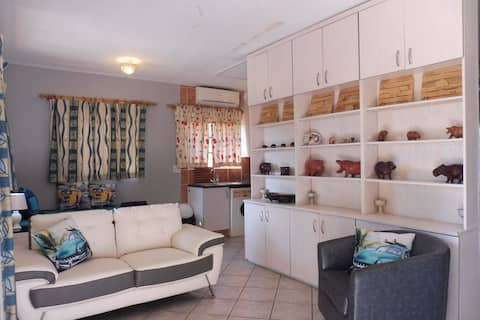 Hippo View - Perfectly located, St Lucia Apartment