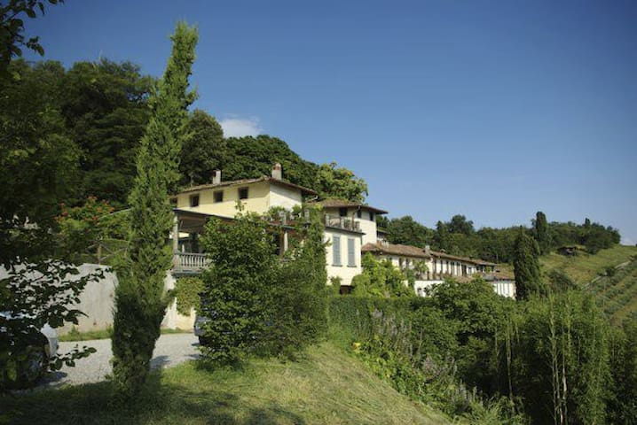 Tenuta '700 in collina - Bergame - Bed & Breakfast
