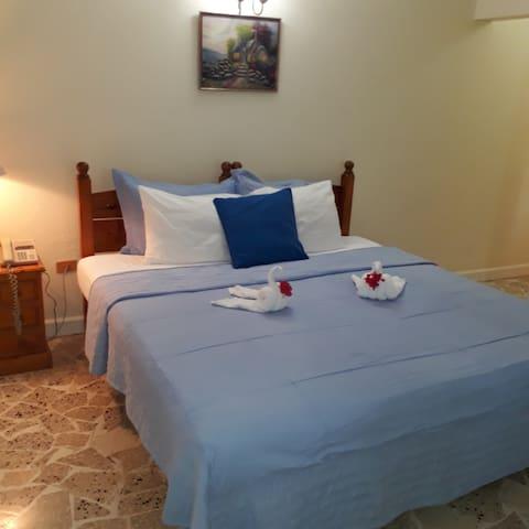 Paradise Inn Hotel Junior Double Room