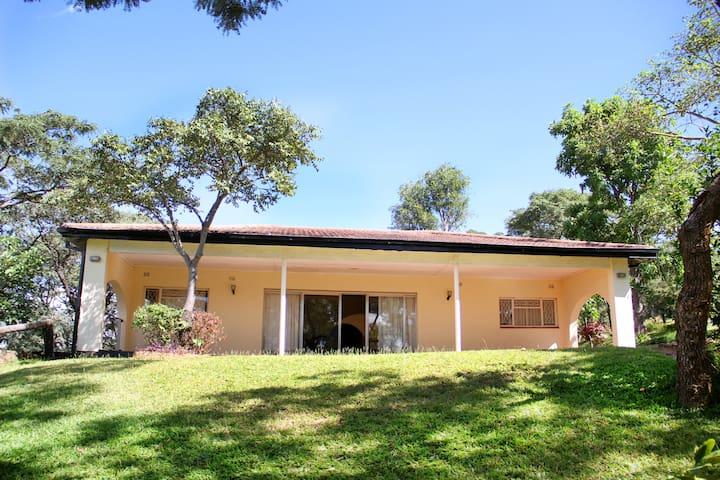 Mazvikadei Cottage