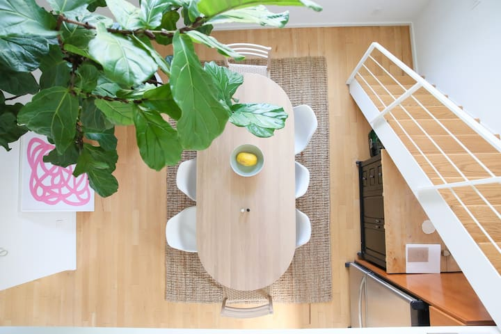 Modern Williamsburg Treehouse