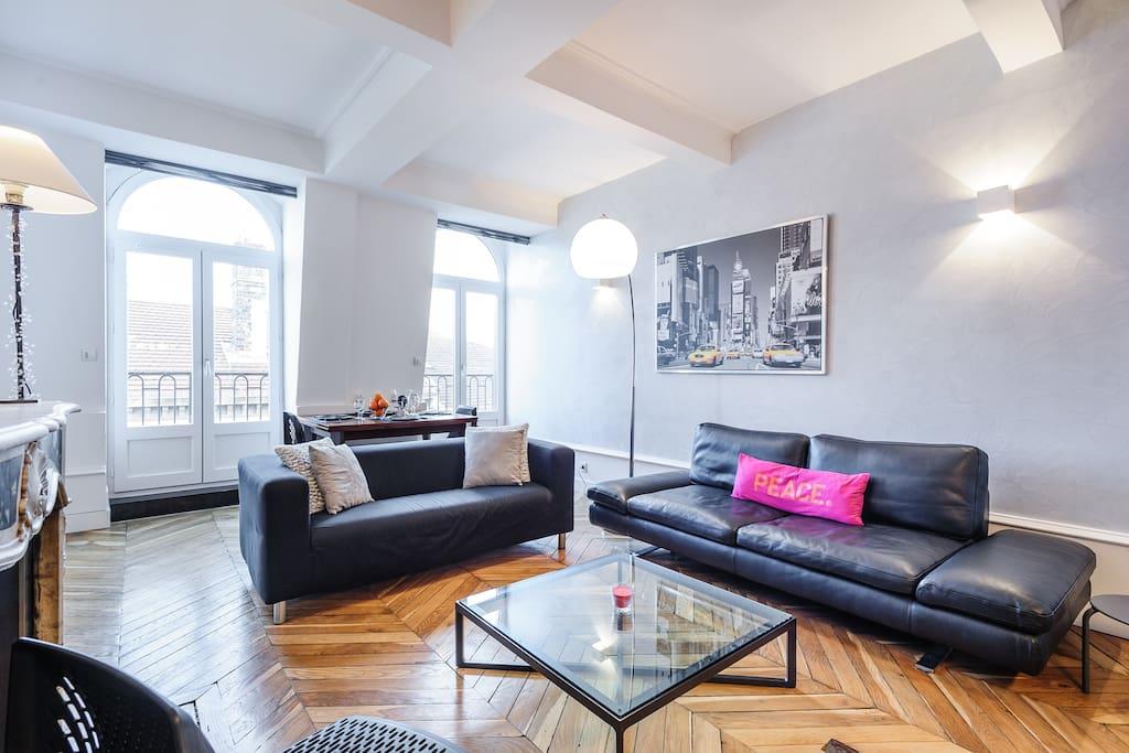 Duplex moderne au coeur de lyon appartements louer for Appartement original lyon