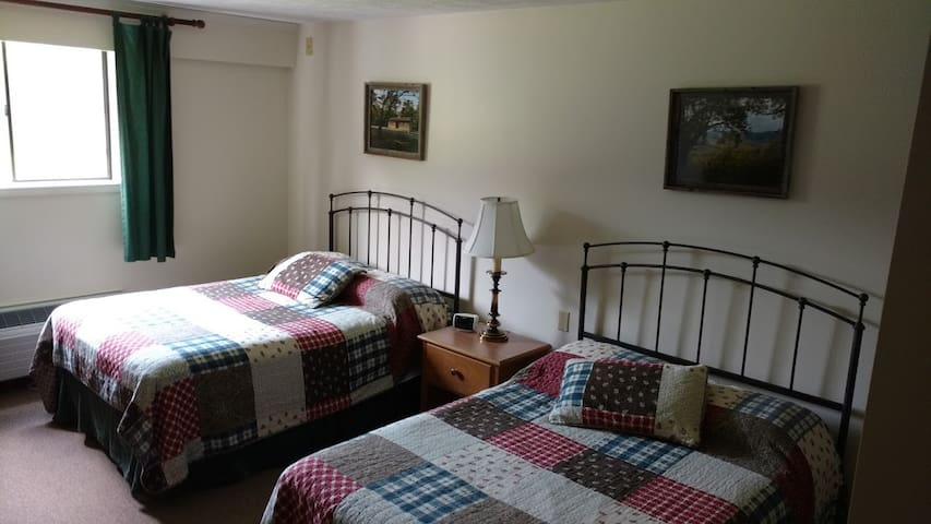 Hotel Style room 1 - Hohenwald - Bed & Breakfast