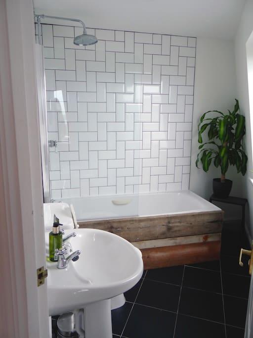 Luxury shower and bath