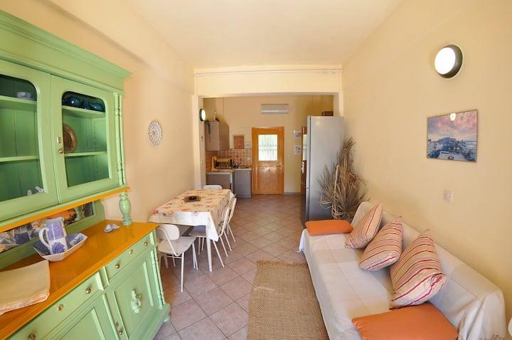 6 guests apartment Paleokastritsa Byronas Apts