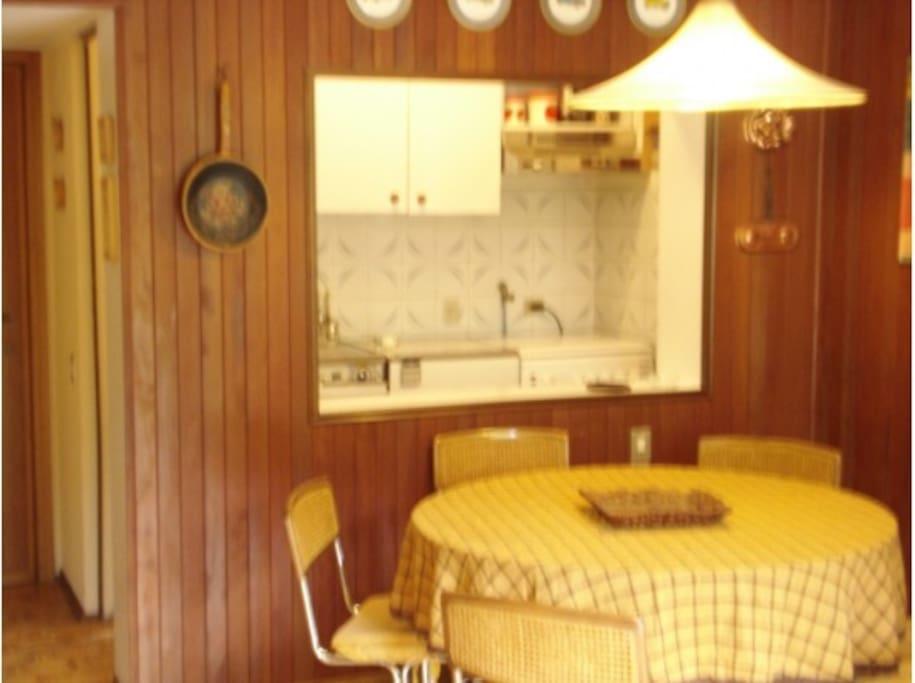 sala e cucinino