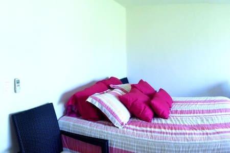 Tulum, beautiful room on lagoon 3/6 - Tulum - Huis