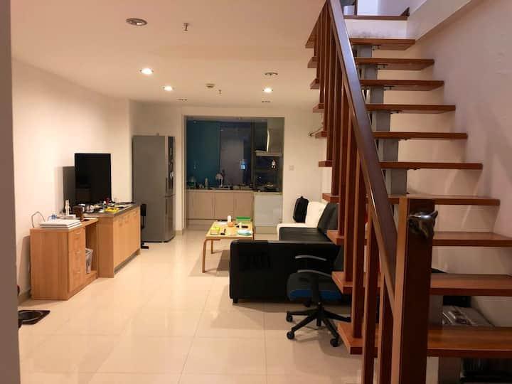 【超赞105平复式】9号线高性价比!Cozy spaceful convenient Loft!