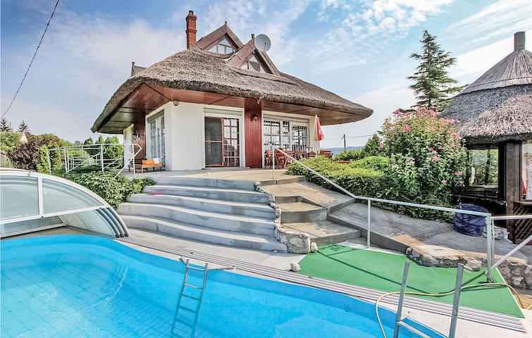 Holiday cottage with 3 bedrooms on 120m² in Cserszegtomaj