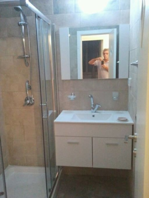 new bathroom w/heater