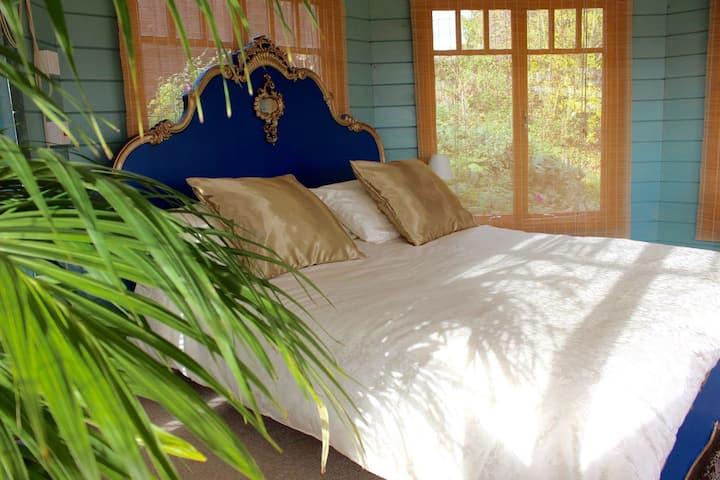 Laburnum Cabin