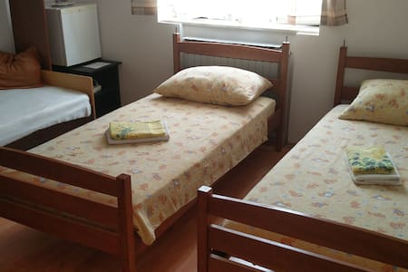 Nice room in private house - Pazin