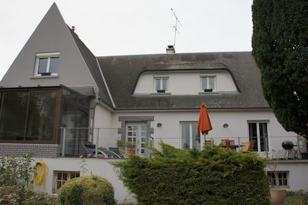 maison avec piscine rennes bretagne - Haus