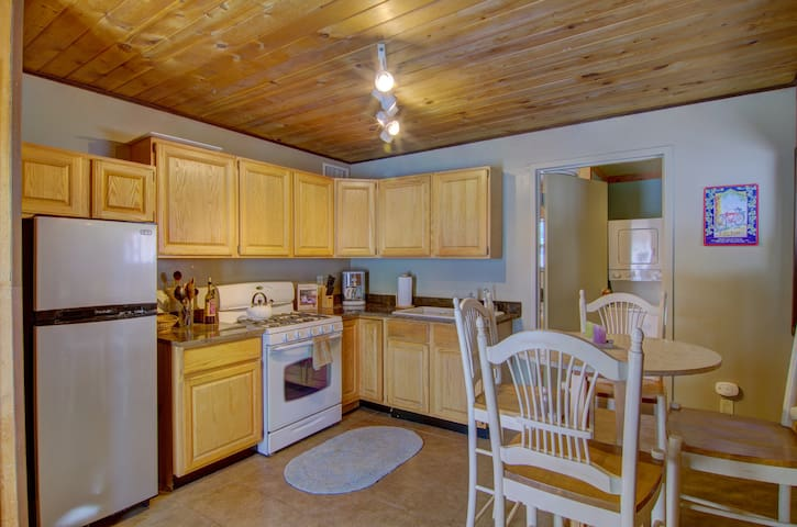 Nice Pet friendly 1BD Apartment - Steamboat Springs