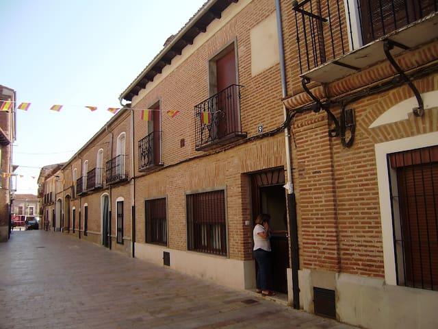Entre Salamanca/Vallad y Zamora excel comunicacion - Alaejos - House