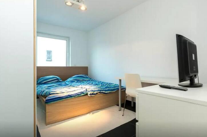 room 1  in House in Cologne - Køln - Hus