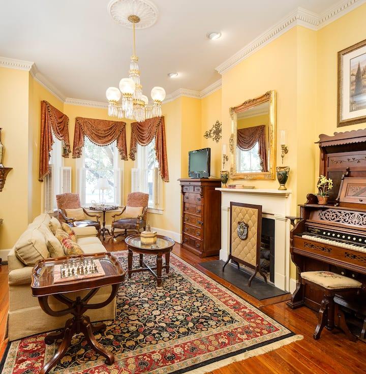 Savannah Villas, Exquisite 4 Bedroom Home