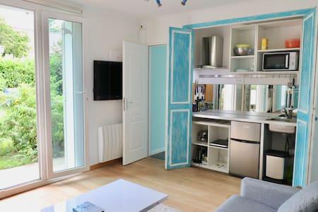 Small studio near Versailles & Vallee de Chevreuse
