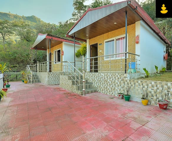 LivingStone | Mussoorie | 5 BR Cottage | Big Group