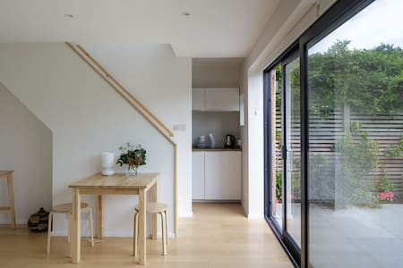 Self-contained studio and garden, Muswell Hill