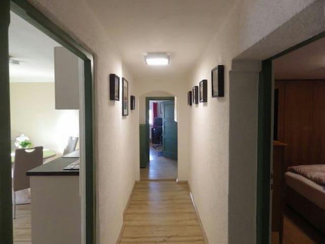 2 Zimmer Wohnung Nähe München - Sauerlach - Apartament