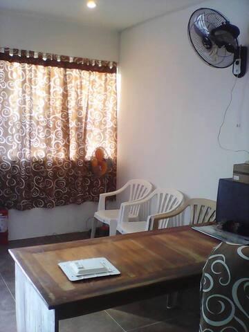 Expat apartment rental