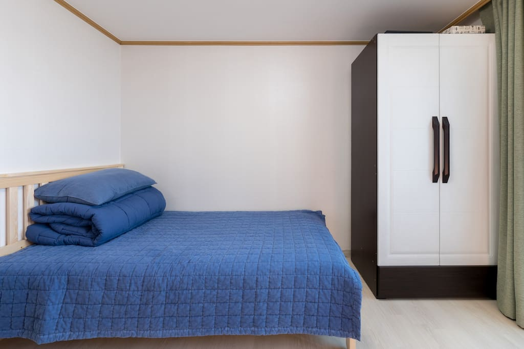 The bed and closet