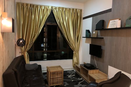 Private single room , D'summit Resident, Fun,Elite
