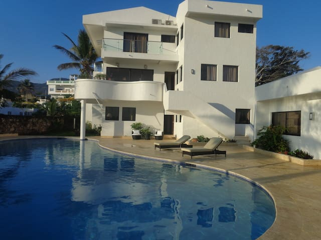 LAST MINUTE DEAL MARCH 22-26 $35 COSTAMBAR - Puerto Plata