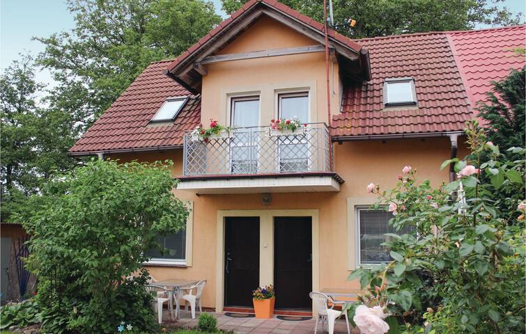 Semi-Detached with 1 bedroom on 44 m² in Rewal