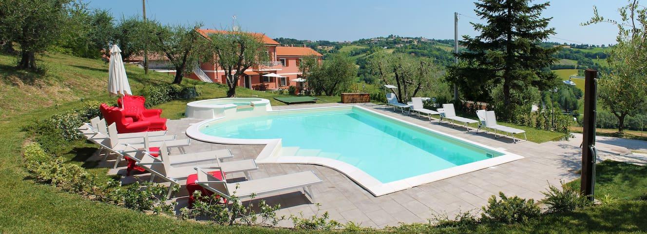 Agriturismo Casa Renili appartamento Ginestra - Pesaro - Apartament