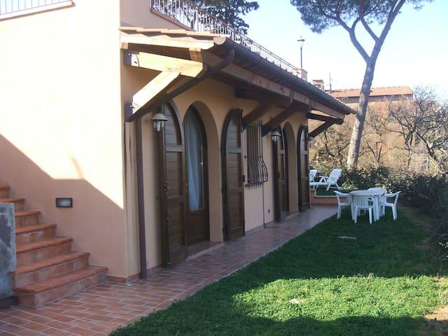 Casa con Giardino - Castagneto Carducci - Apartamento