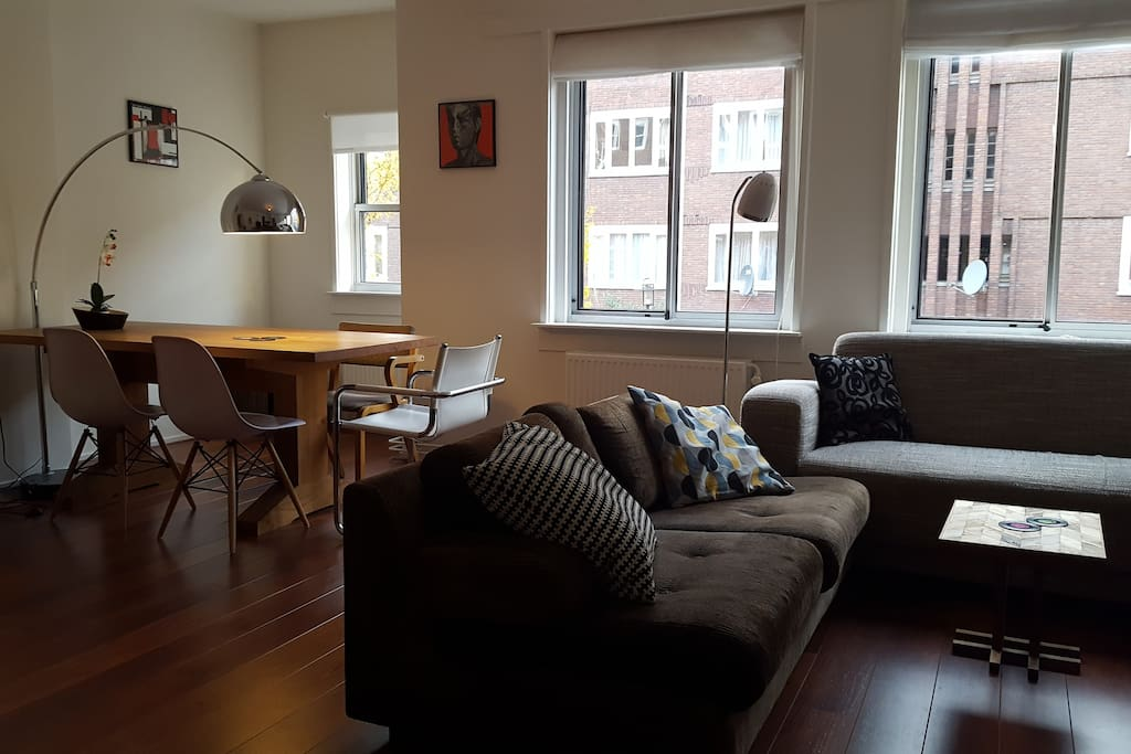 Nice Central Apartment With  Free Bikes Apartments For