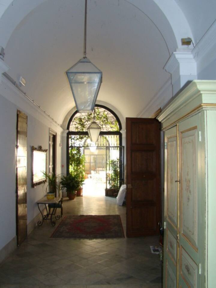 lobby to the open gallery