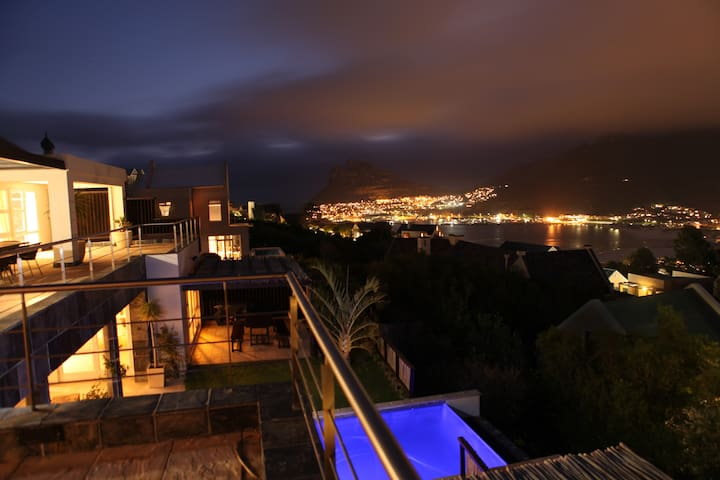 Villa La Louise /courtesy car/pool &Jacuzzi - Cape Town - Vila