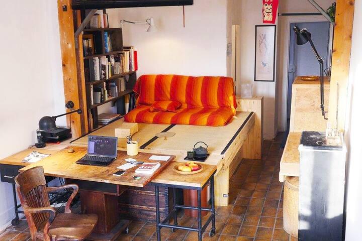 Artist's Studio in a popular area