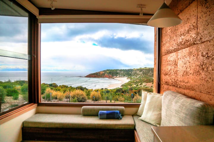 Stunning Sheoaks Villa with Ocean Views
