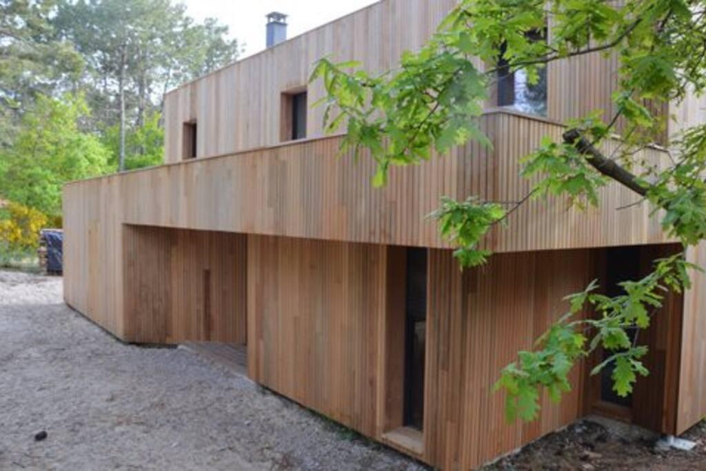 grande maison architecte piscine chauffee villas louer biscarrosse aquitaine france. Black Bedroom Furniture Sets. Home Design Ideas