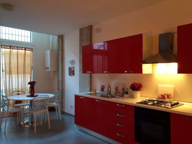 Kitchen dining corner