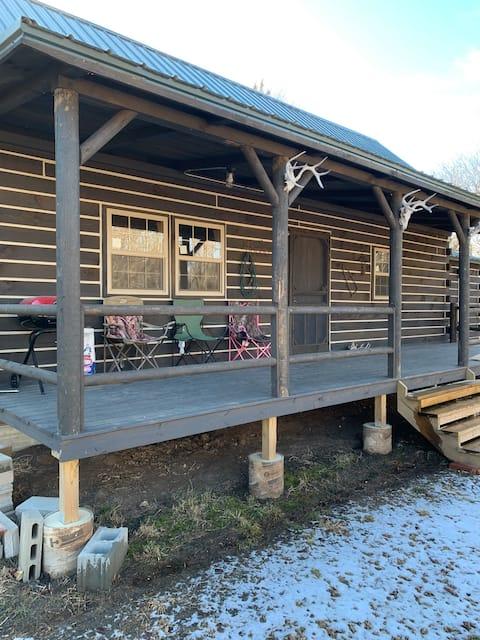 Secluded quiet cabin getaway