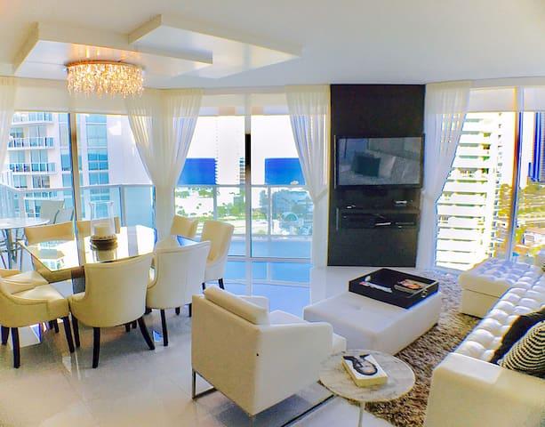 Luxury beach apartment - Sunny Isles FL