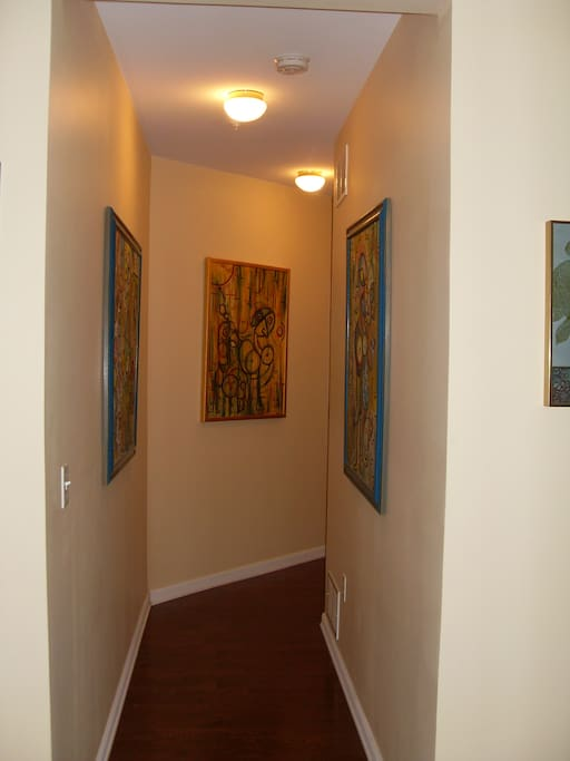 Private hallway to guest quarters.