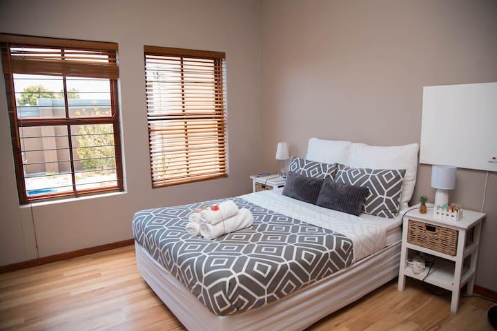 WLKom Guest House - Standard Bedroom