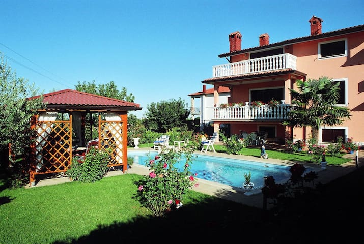Holiday Home Korenić - Umag - Huis