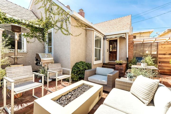 Family Friendly Beach Bungalow, Great Outdoor Area