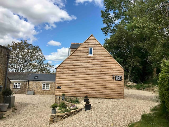 Beautiful self contained Barn Flat in West Dorset