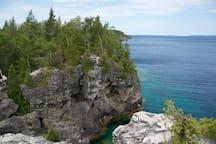 Amazing limestone cliffs.