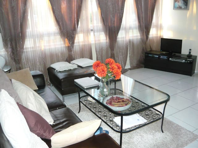 Appartement 90m2 spacieux et calme - Champagne-sur-Oise - Apartamento