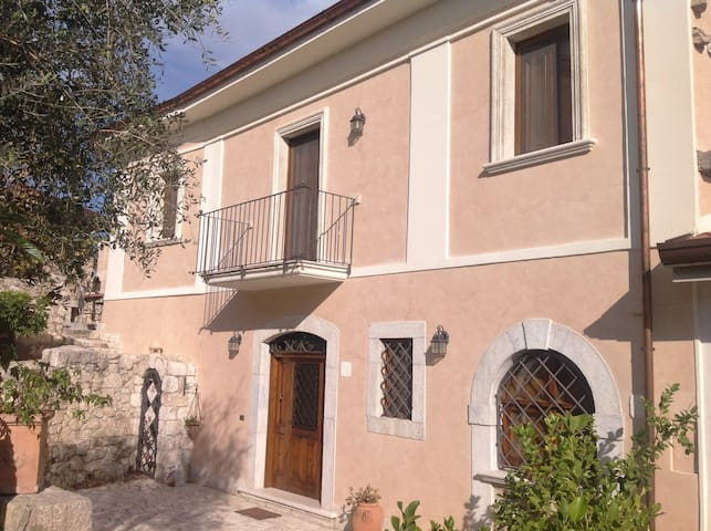 B&B Le Viole - Arce - House
