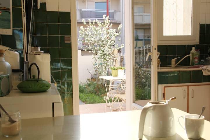 Chambre 2 pers - Villa jardin accueil 5mn centre